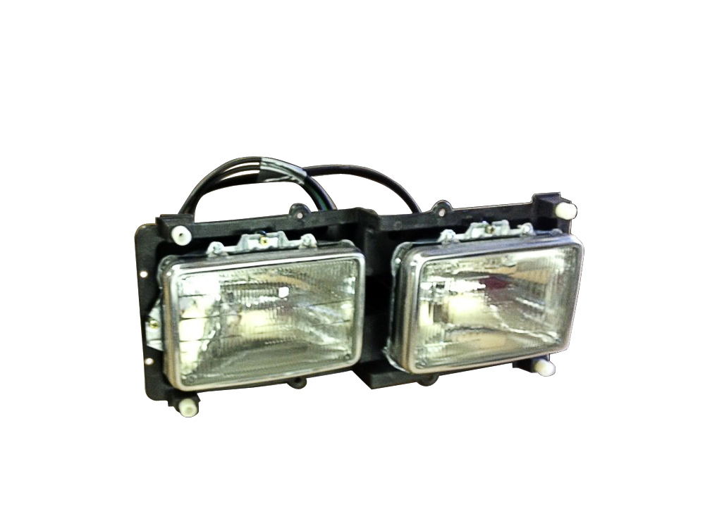 FREIGHTLINER FLD120 FLD112 STAGGERED HEADLIGHT ASSEMBLY RH Front View
