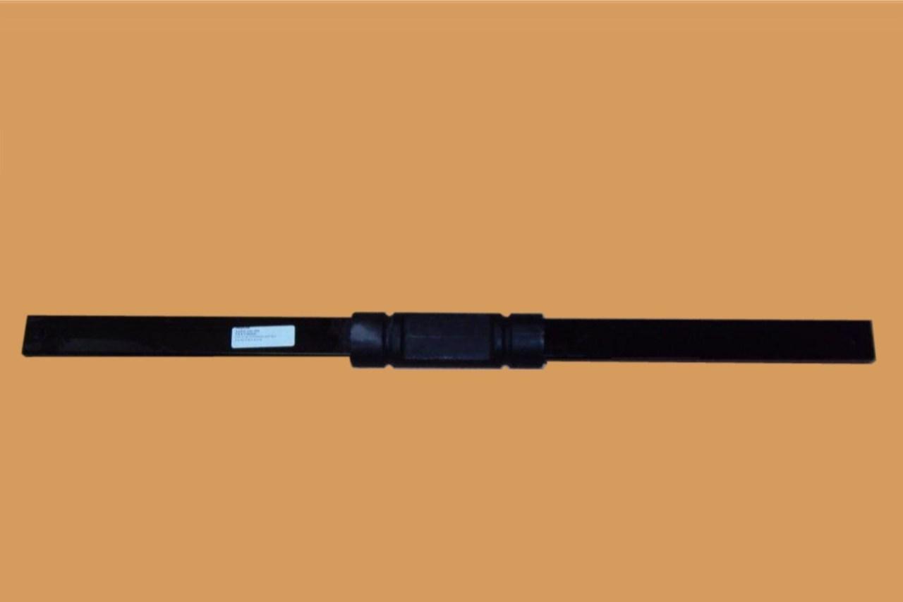 A17-15556-001 FREIGHTLINER CASCADIA CROSS BAR